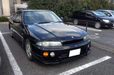 日産/スカイライン/HR33