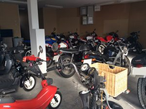 車庫バイク用
