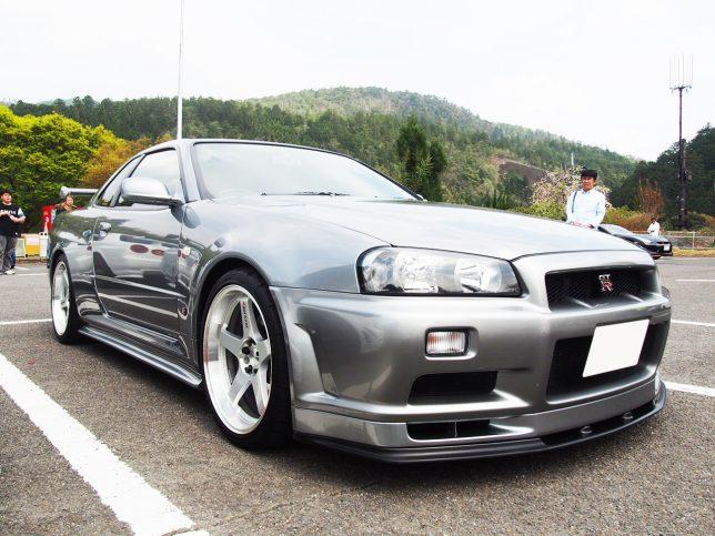 スカイライン/GT-R/BNR34
